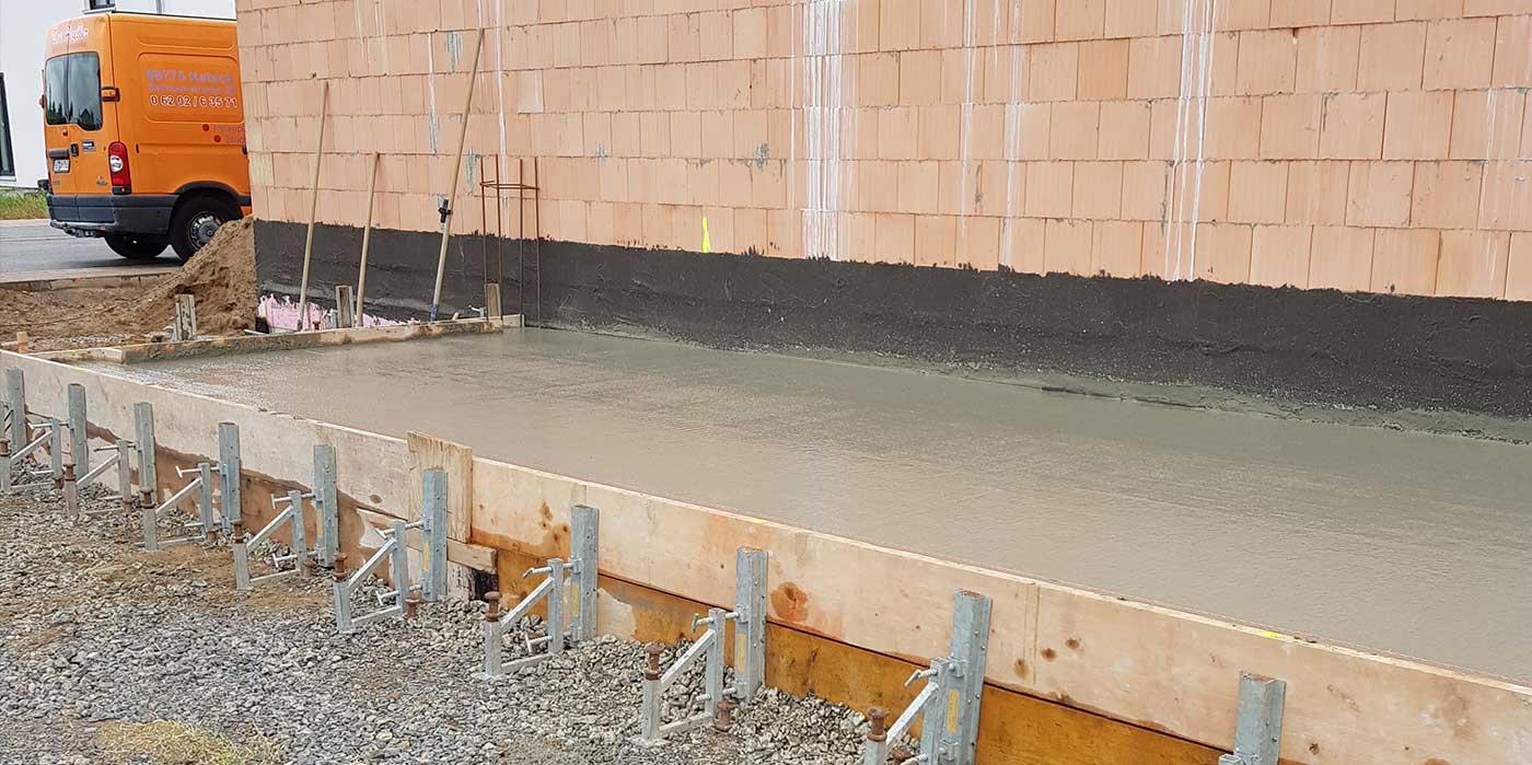 Betonieren-einer-Garagen-Bodenplatte1